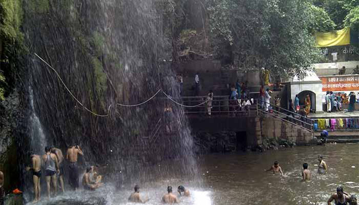 kakolat waterfall