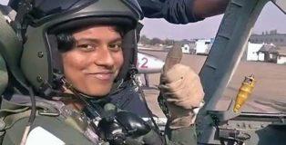 भारत को पहली महिला फाइटर पायलट मिल गई है
