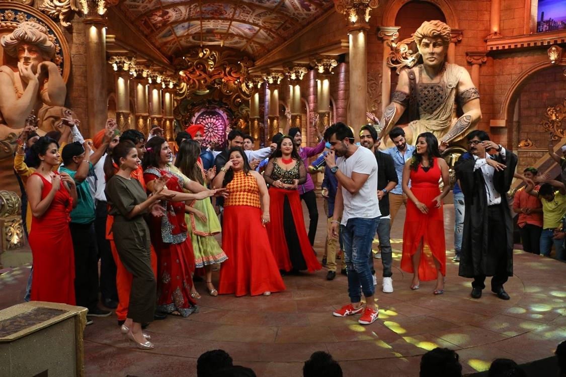 Bhojpuri Star at comedy nights bachao