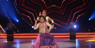 Biahri angel Swasti Nitya at Jhalak Dikhhla Jaa (season 9)