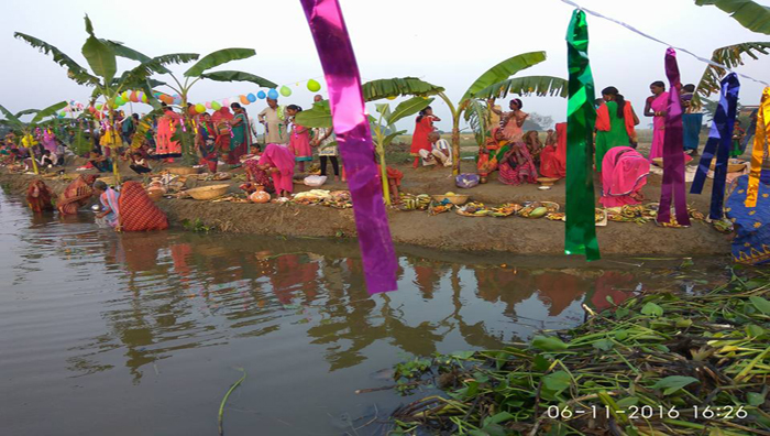 chhath-puja-in-a-village-near-darbhanga